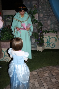 Meeting Princess Jasmine in Disneyland
